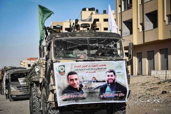 عرض عسكري لكتائب القسام بخانيونس في ذكرى الانطلاقة