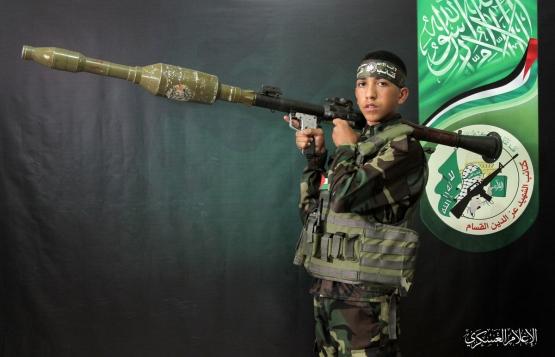 الشهيد القسامي/ رمضان عواد